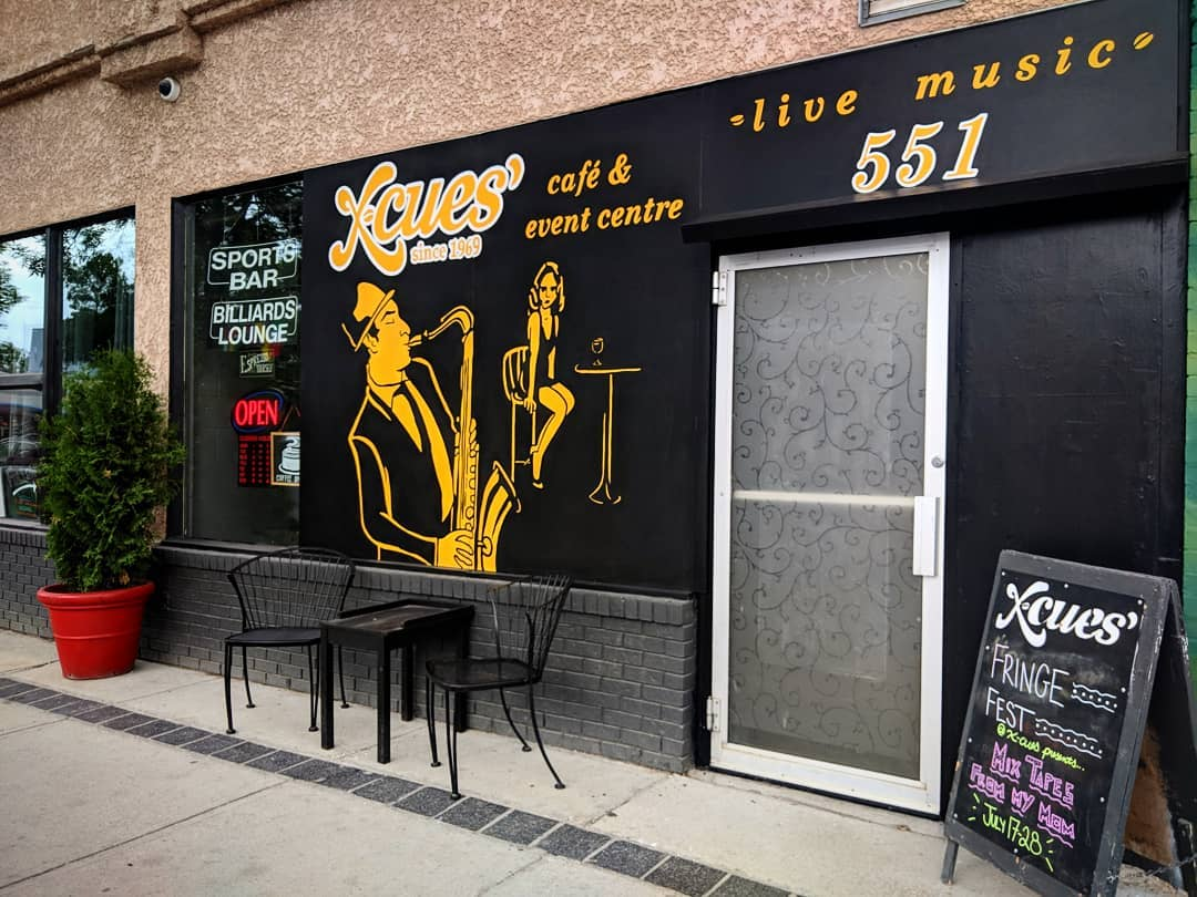 X-Cues Café & Lounge